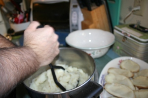 making mashed potatoes for twice baked potoatoes